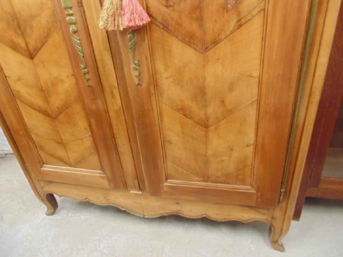 French armoire, double door, veneer paneled - 4