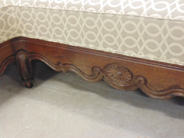 Upholstered corner bench, carved legs - 3