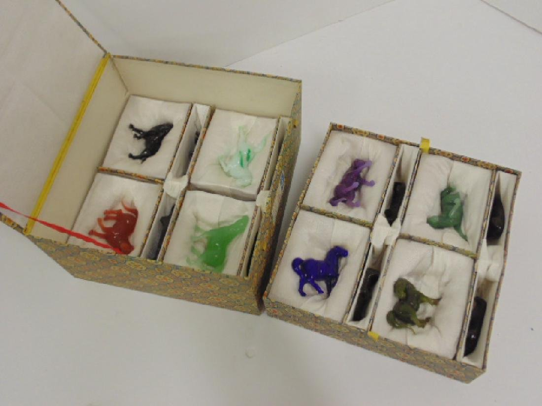Chinese box with 8 carved stone, Jade horses