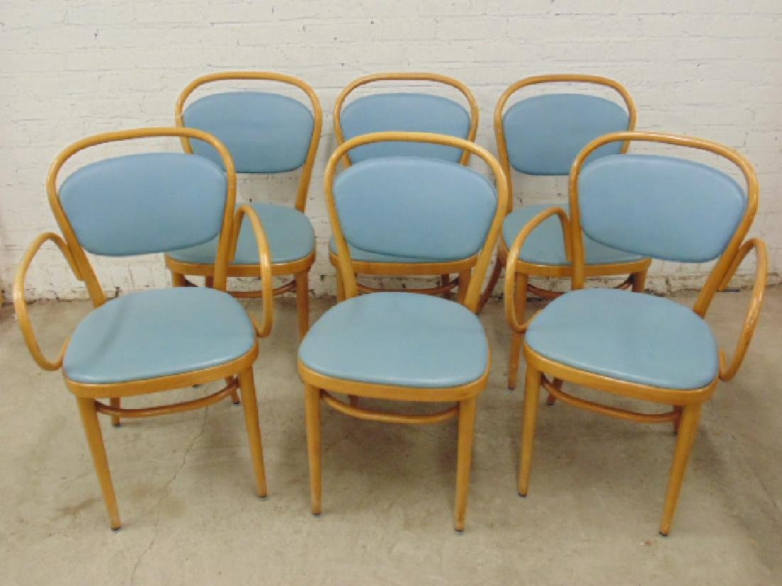 Set 6 bentwood chairs by Thonet