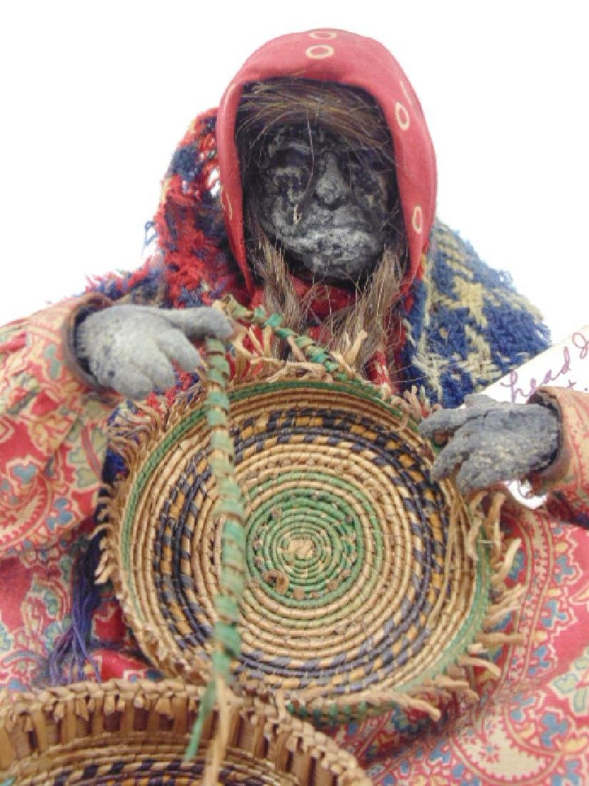 2 Ta-Nuk Indian figures, apple head basket weaver - 5