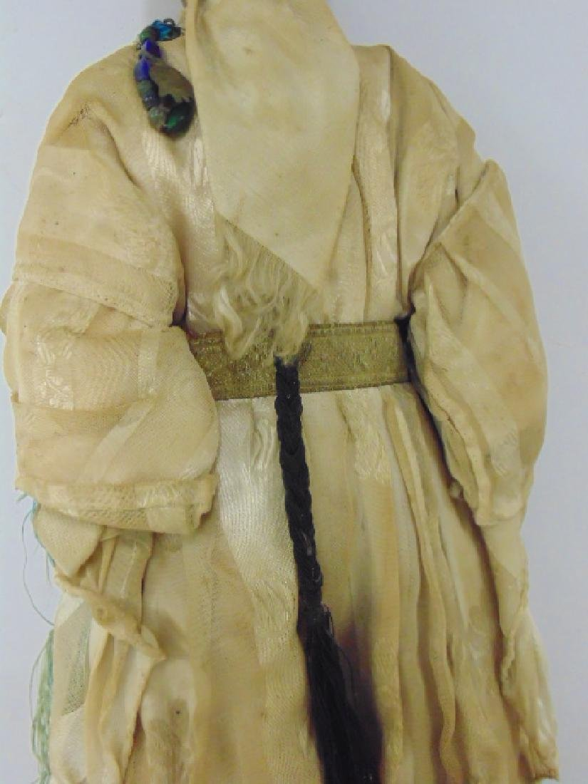 Large gypsy doll, vintage clothing, one foot missing - 5