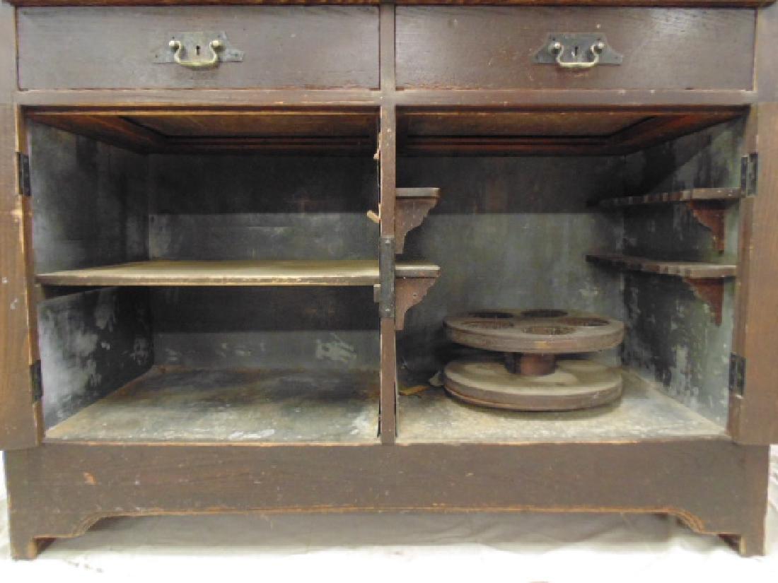 Oak arts & crafts bar cabinet, manner of Roycroft - 6