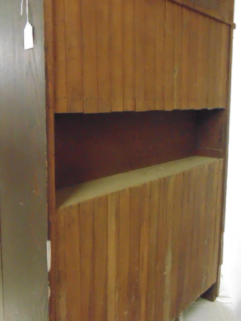 Oak arts & crafts bar cabinet, manner of Roycroft - 9
