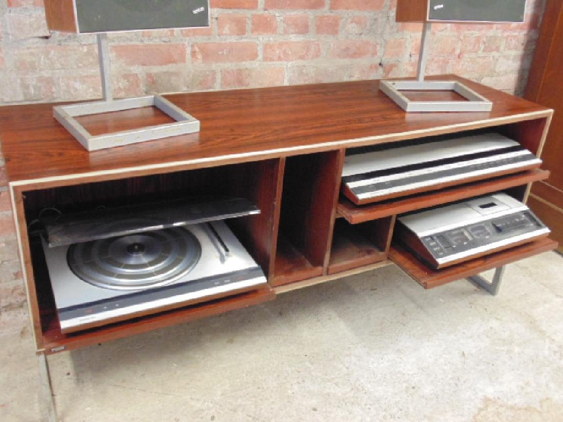 Bang & Olufsen stereo set in mid Century rosewood - 2