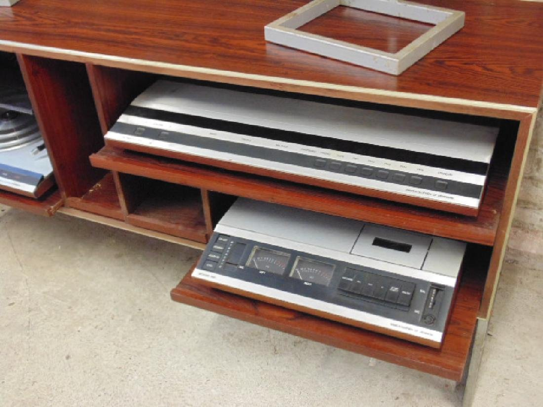Bang & Olufsen stereo set in mid Century rosewood - 3