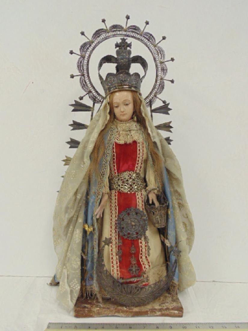 Latin American Santos figure of Madonna, holy Mary