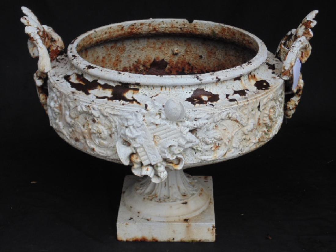 Cast iron garden urn, 19th Century, white paint