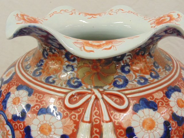 Large Japanese Imari palace vase, 19th Century - 7