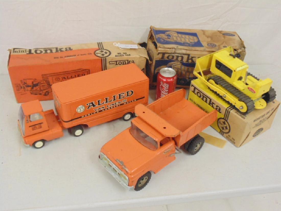 Tonka Toy Trucks >> 3 Tonka Toy Trucks Includes No 98 Allied Van No 315