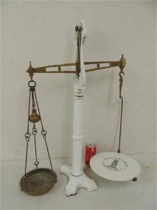 Balance scale Young Son Marlow white enameled