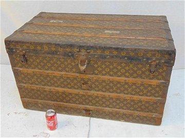 Louis Vuitton trunk, vintage Louis Vuitton trunk with
