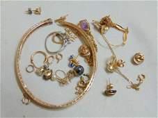 Jewelry, Misc. gold jewelry lot, includes bracelet,