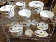 Evesham pattern Royal Worcester porcelain dinnerware