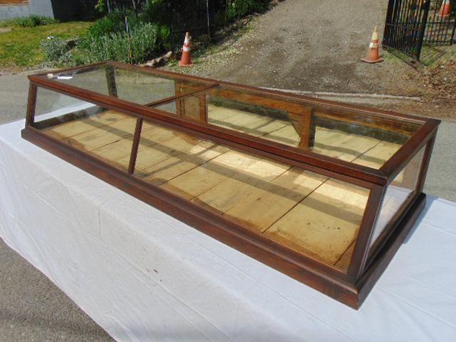 Oak store counter top showcase, slanted front, sliding