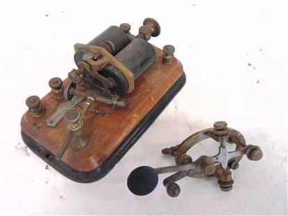 Telegraph key and sounder / receiver, J. Bunnell & Co.