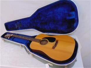 Martin & Co acoustic guitar, D18, serial 332525, in
