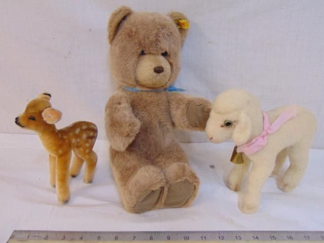3 stuffed animals by Steiff, Knopf Im Ohr, includes