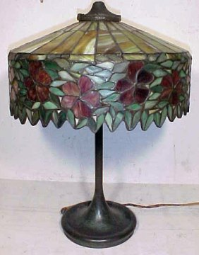 114: Handel table lamp with leaded shade