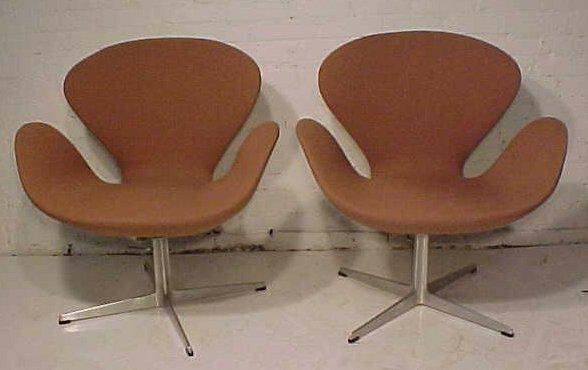 156: Pair Mid Century chairs by Fritz hansen
