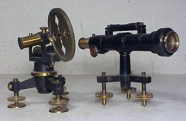 22: Black & brass optical instrument, 1902.