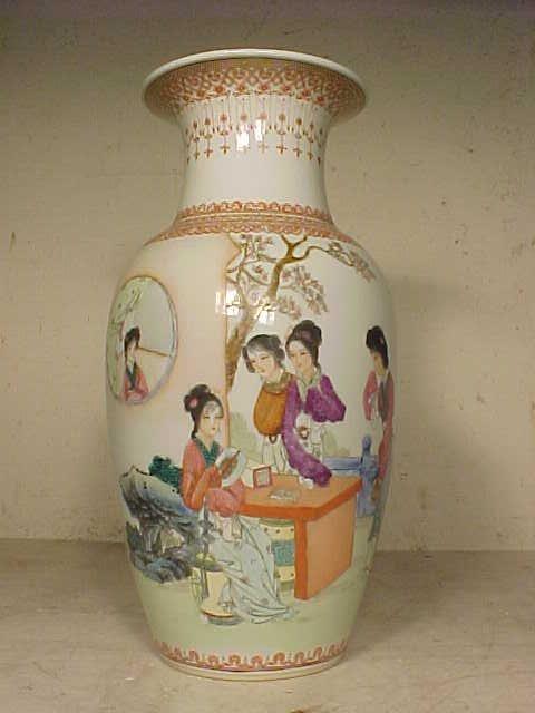 """Signed Chinese vase, 12.75"""""""