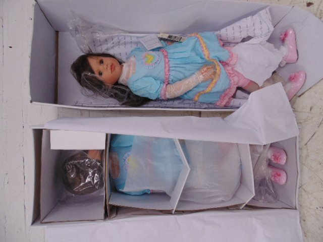 """2 boxed """"masterpiece"""" dolls. Wolf of Wall St movie set"""