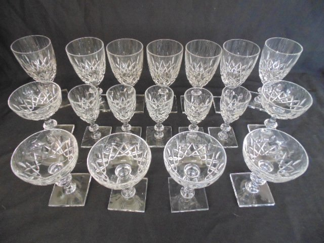 Set Hawkes crystal glasses, stemware