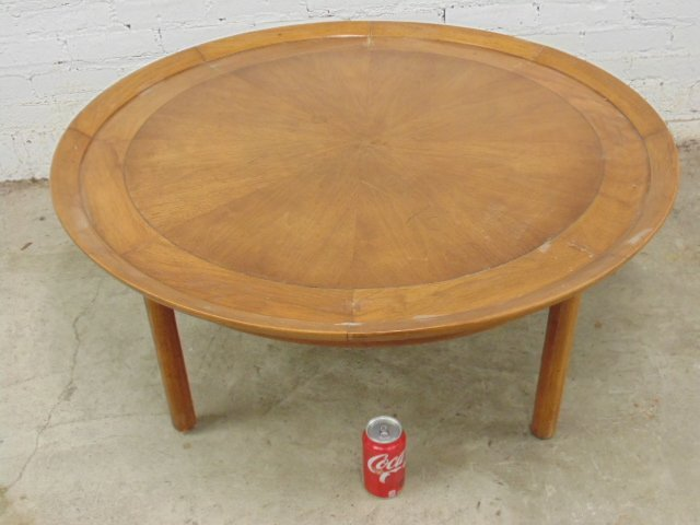 "coffee table ""Sophisticate by Tomlinson"""