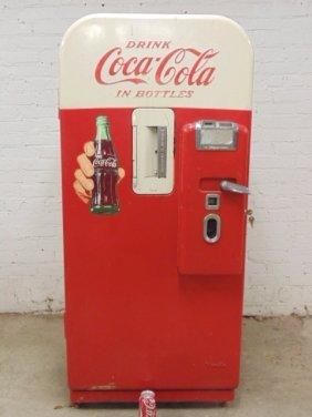 Vendo V-39 Coca Cola vending machine