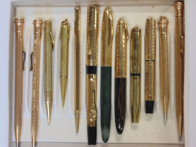 Lot of 12 gold filled 20th c. pens & pencils