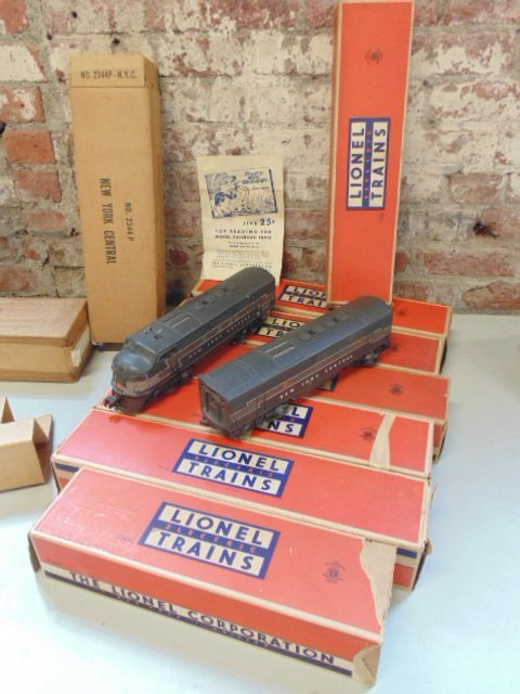Lionel train set, New York Central