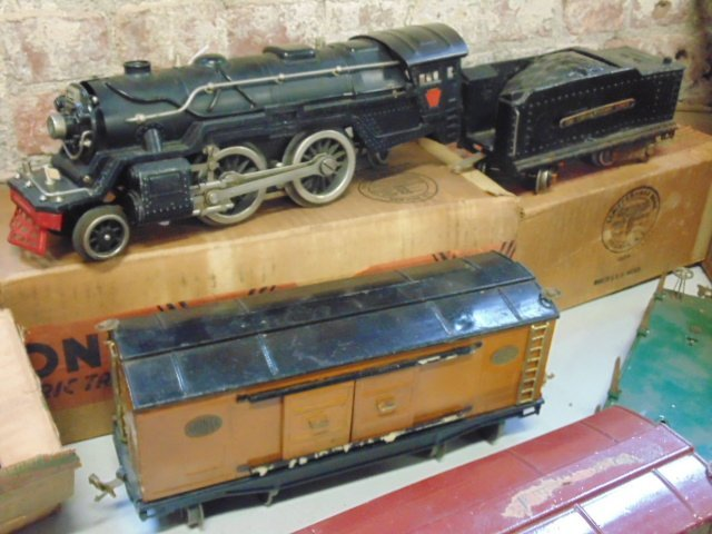 Large set of early Lionel trains - 2