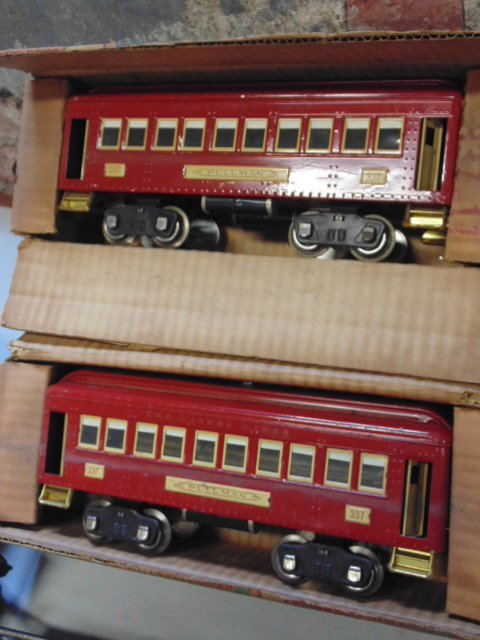 Large set of early Lionel trains - 3