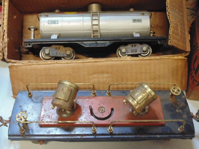Large set of early Lionel trains - 4
