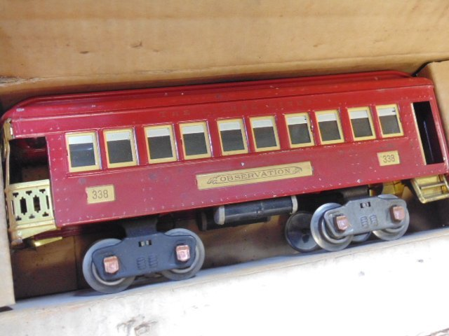 Large set of early Lionel trains - 7