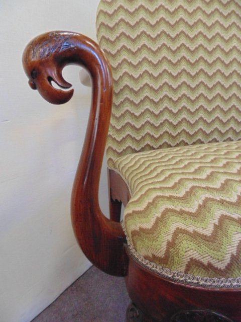 Antique Chippendale love seat - 6