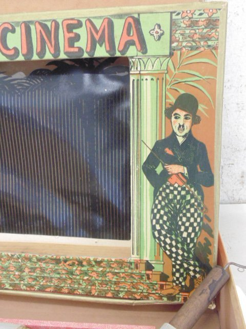 L\'Ombro-Cinéma, 1920. Optical game with 3 rolls - 4