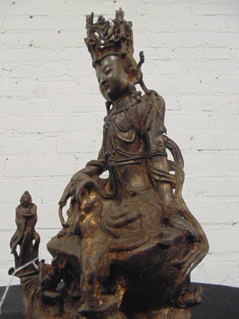 Early bronze Ming Dynastyfigure of Guanyin - 2