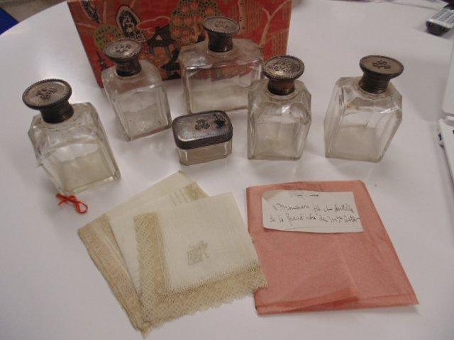 Heinrich Astor toilet set, 3 handkerchiefs, Mrs.. Astor