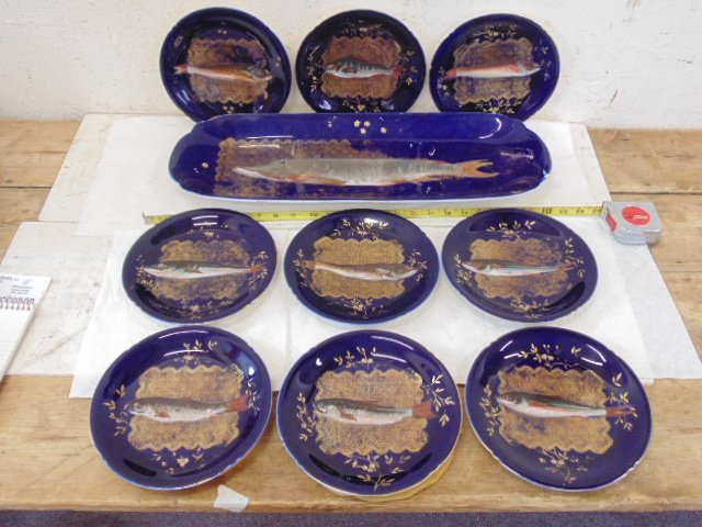 Limoges fish set, large serving plate with 9 plates