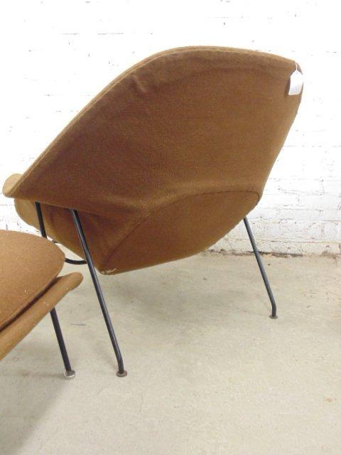 Knoll, Saarinen womb chair & ottoman - 4