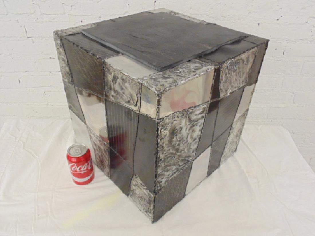 Paul Evans argente metal cube stand