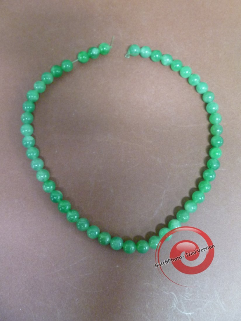 010: CHINESE JADE NECKLACE BEADS