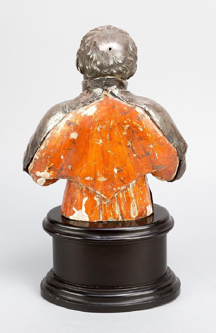 Italian silver sculpture of a saint - 3