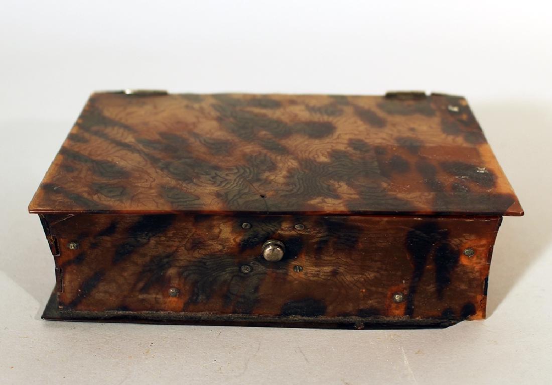 Dutch tortoishell box