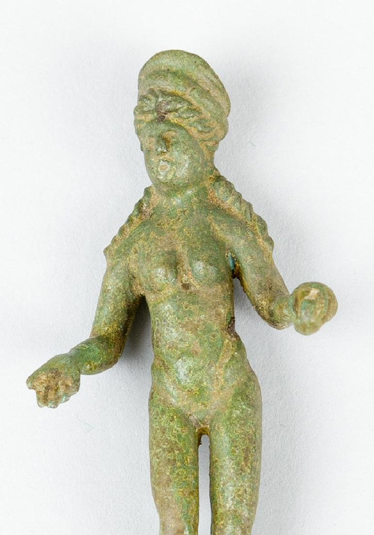 Bronze sculpture of a female godnnes in ancient manner