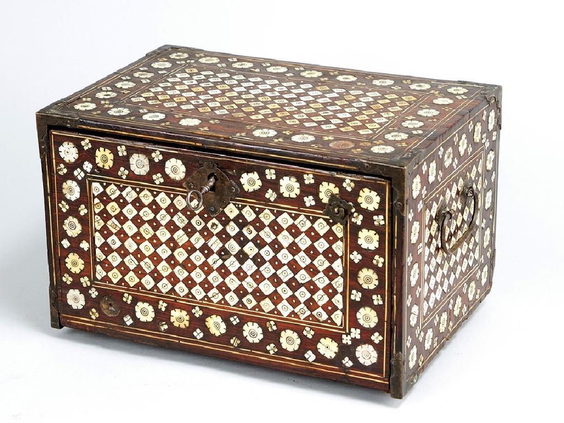 A indo-portuguese colonail casket
