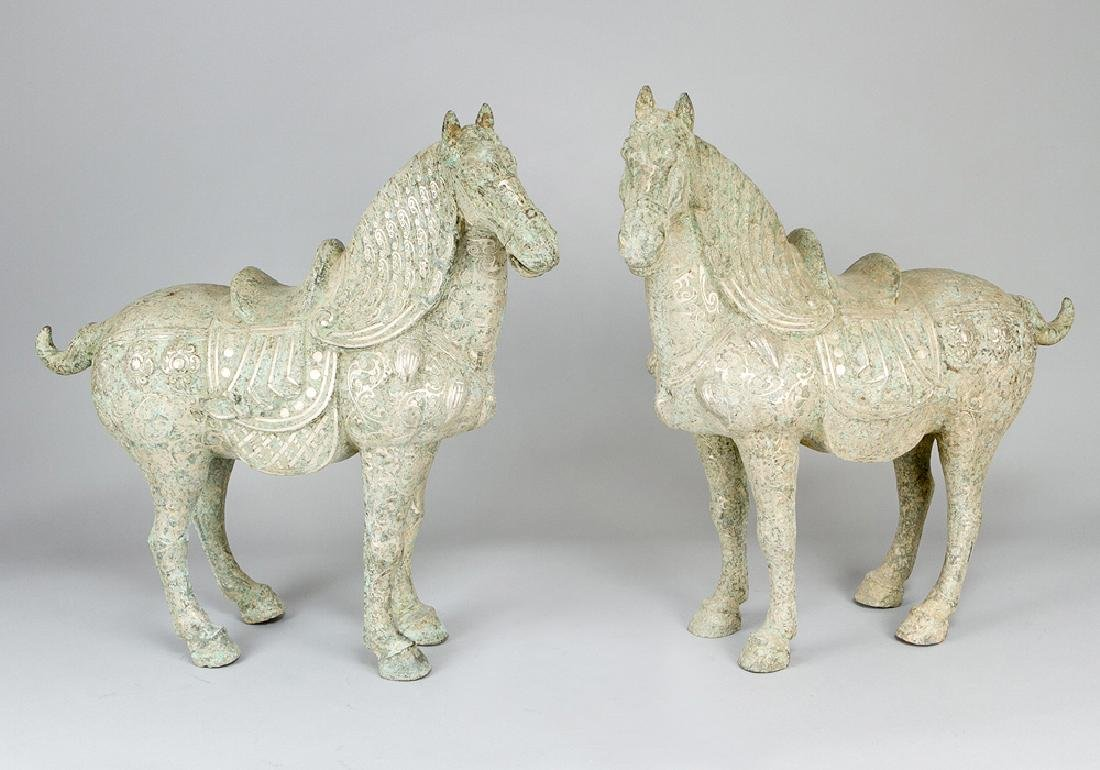 Pair of chinese horses in ming style