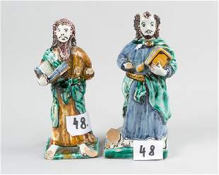 A pair of Delft Apostles